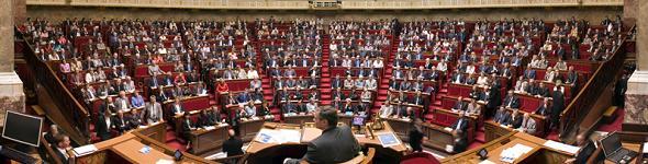Critiquer le parlement pour mieux le sauver