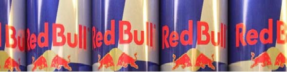 Des caisses de Redbull, Apollinaire et Bleu pétrole