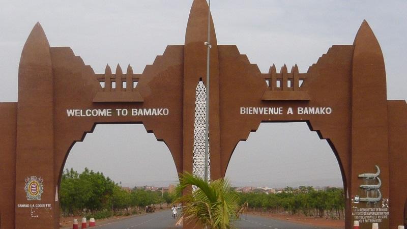 Pendant ce temps à Bamako…