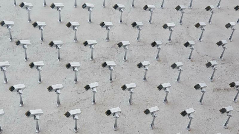 Patron Incognito sur M6: surveillance et mépris de classe