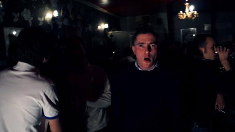 Le rappeur Goldofaf et ses copains au Local, le bar de Serge Ayoub