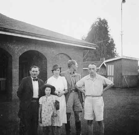 La famille Zweig et ses amis au Kenya